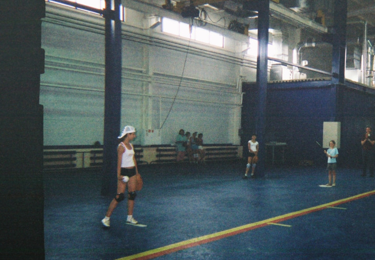Ballet students playing indoor baseball during the Genesis 2 launch in 2007. Credit: Mike Gold