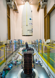 The payload fairing is ready to be positioned over Intelsat 29e, which is integrated atop its Ariane 5 launcher. Credit: Arianespace