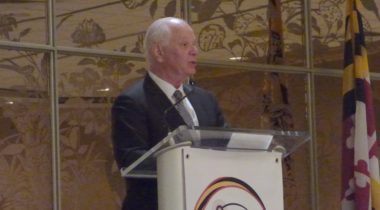 Sen. Ben Cardin (D-Md.) speaking at a Maryland Space Business Roundtable luncheon May 15. Credit: SpaceNews/Jeff Foust
