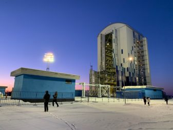 The key feature that distinguishes Vostochny's Soyuz launch complex from the older Soyuz facilities at Baikonur is a mobile service tower. Credit: Matthew Bodner for SpaceNews